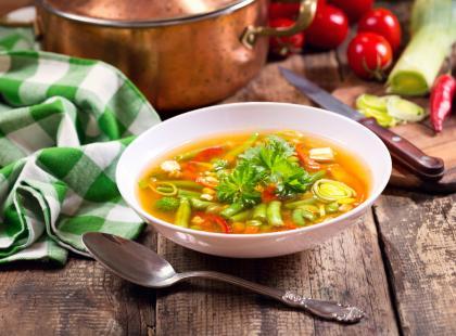 W tym roku pojawiła się nieco wcześniej! Sprawdź, jak zrobić zupę z fasolki szparagowej na kilka sposobów!