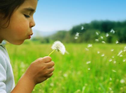 Wakacje z małym dzieckiem - co spakować do torby?