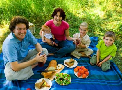 Wakacyjne jedzenie dla dzieci