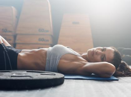 Walczysz z nadprogramowymi kilogramami? Ten trening jest dla ciebie!
