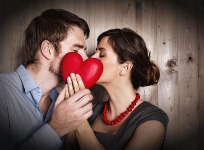 Walentynkowe wierszyki o pierwszej miłości