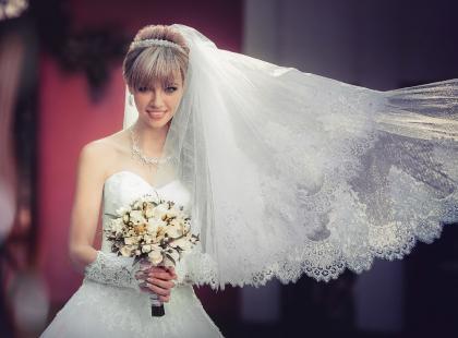 Welon ślubny zakłada niemal każda panna młoda. Czy znasz jednak jego symbolikę?