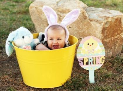 Wielkanocne jajo dla niemowlęcia