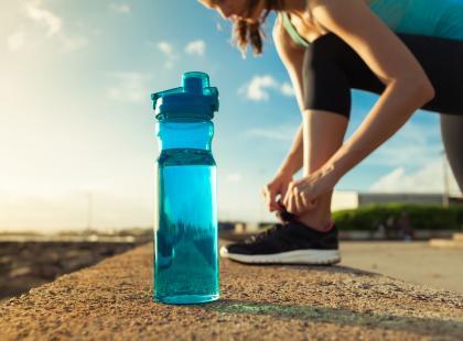 Woda - niezbędna w czasie odchudzania! Dlaczego? Ile wody potrzebujesz, by schudnąć!