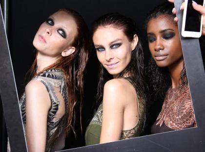 WOW! 6 gadżetów, które ułatwią makijaż