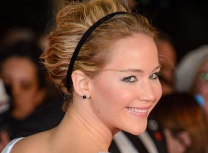 Wow, co za efekt metamorfozy! Jennifer Lawrence wygląda bardzo sexy