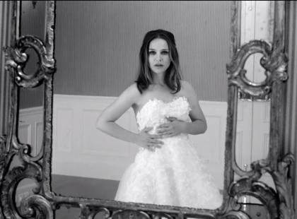 Wow! Natalie Portman uciekającą panną młodą!
