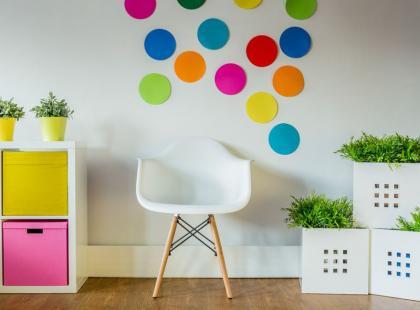 WOW! Oto 7 banalnie prostych sposobów, by pokój nabrał koloru!