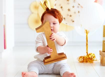 Wróżba na roczek dziecka - na czym polega?