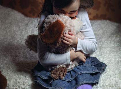 Wrzesień miesiącem szerzenia wiedzy o nowotworach u dzieci. Potrafiłbyś rozpoznać objawy raka u swojego dziecka?