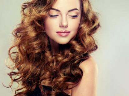 Wszystko o koloryzacji włosów henną