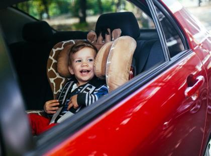 Wybieramy bezpieczny fotelik samochodowy dla dziecka!