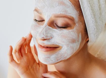 Wybór redakcji! 15 najlepszych peelingów enzymatycznych do twarzy