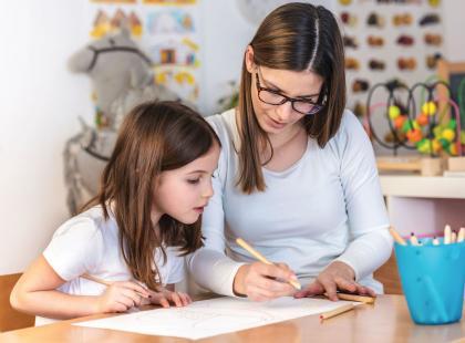 Wydruki do nauki - jak skutecznie pomóc dziecku w rozwijaniu wiedzy i umiejętności praktycznych?