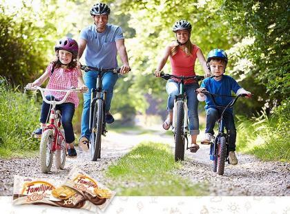 Wygraj rower miejski, Karty Podarunkowe DECATHLON i pyszne wafelki od marki Familijne!