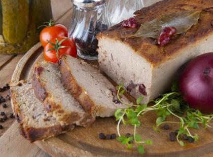 Wyjątkowy w smaku i łatwy do przygotowania – pasztet z królika to hit na wielkanocnym stole!