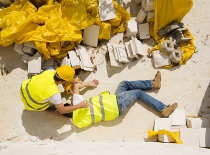 Wypadek w pracy – prawa poszkodowanego pracownika
