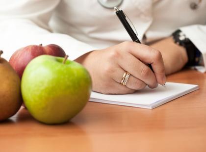Wypowiedź eksperta: zasady żywienia i dieta dla osób chorych na raka