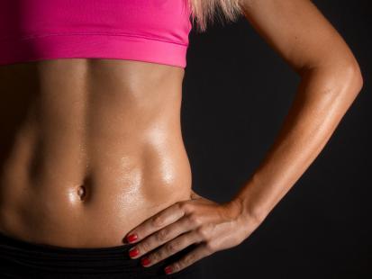 Wypróbuj! Najlepsze ćwiczenia modelujące uda, talię i brzuch