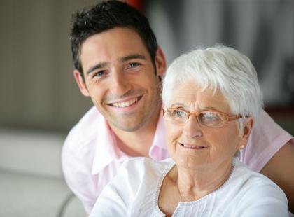 Wysoki cholesterol u babci lub dziadka – czym grozi?