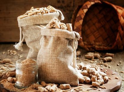 Wystarczą 3 łyżki dziennie! Włącz ten składnik do swojego menu, a obniżysz cholesterol i wagę!