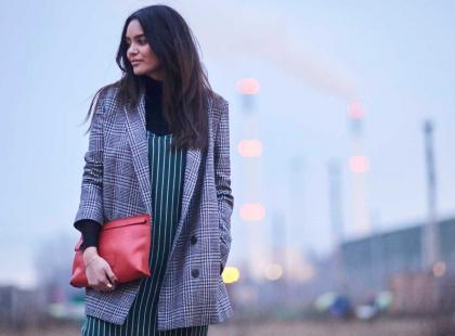 Wystarczy jedna rzecz, aby wyglądać modnie. W jaki element garderoby warto zainwestować jesienią?