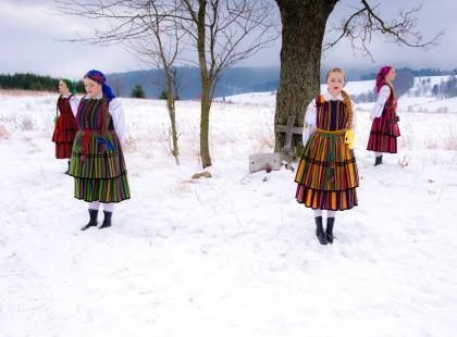 Wzruszająca, niezwykła, poruszająca… Folkowa wersja utworu Dawida Podsiadło podbija sieć!