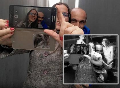 Yolocaust, czyli selfie w obozie koncentracyjnym. Te zdjęcia wywołały burzę w internecie