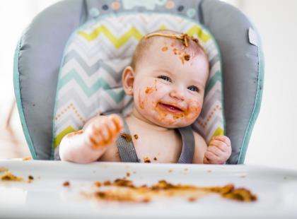 Z czym to się je czyli co musisz wiedzieć o BLW zanim dasz bobasowi jeść co chce! [EKSPERT TŁUMACZY]