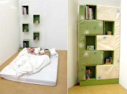 Z regału łóżko – Bookcase Into A Bed