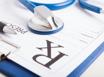 Za co otrzymują kary lekarze wystawiający recepty refundowane?