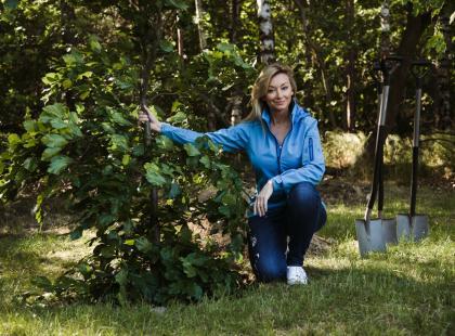 """Za nami 9 edycja programu """"Po stronie natury"""", w którą zaangażowała się Martyna Wojciechowska. Zobacz, ile drzew posadzono!"""
