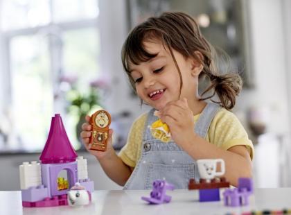 Zabawy z wchodzeniem w role – co dają dziecku?