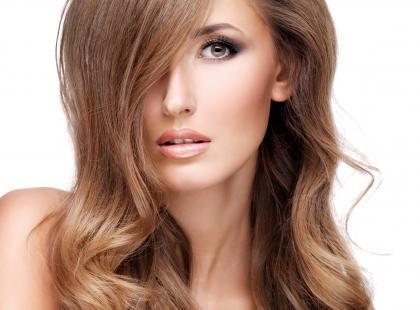 Zabiegi hamujące wypadanie włosów!