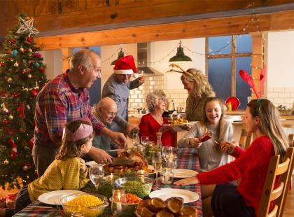 Zachwyć wszystkich wigilijną kolacją! Te 4 dania z ryb sprawią, że twoi goście nie będą chcieli odejść od stołu