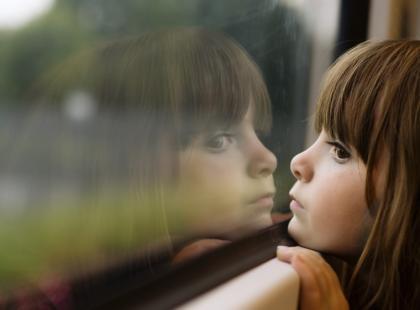 Zagubione dziecko – samotność w rodzinie alkoholowej