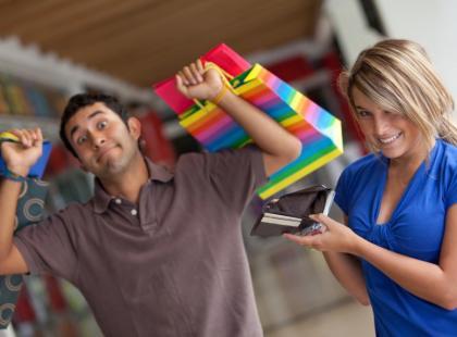 Zakupy z partnerem kosztują więcej