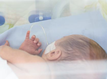 Zapalenie płuc u noworodka i niemowlaka - czy zagraża życiu maluchów?