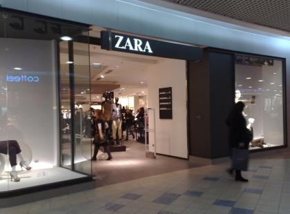 Zara nie zwalnia tempa! Kolejna sukienka stała się hitem sprzedażowym. Kosztuje 139 zł!