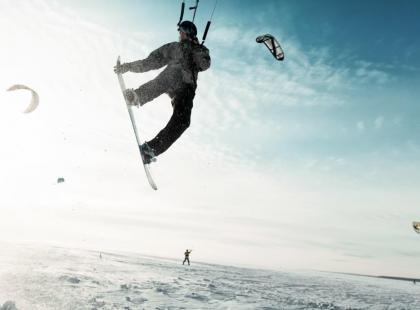 Zasolenie akwenu – czy jest istotne dla kitesurfingowców?