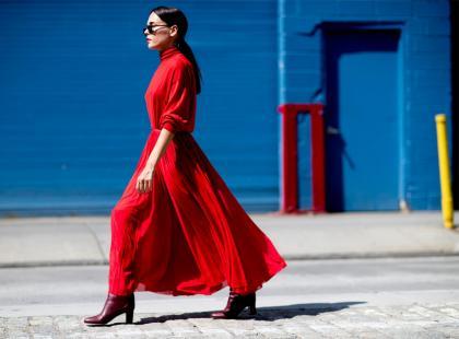 Zastanawiasz się, czy czerwona sukienka jest dla ciebie? Przekonamy cię, że tak!