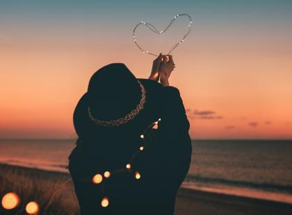 """""""Zawsze miałam nadzieję, że on nagle zerwie z nią i zechce być ze mną"""". Jak przyjaźń z dzieciństwa przerodziła się w miłość? Historia Anastazji"""