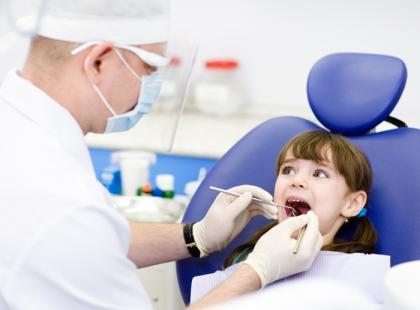 Zbadaj bezpłatnie zęby dziecka przed rokiem szkolnym!