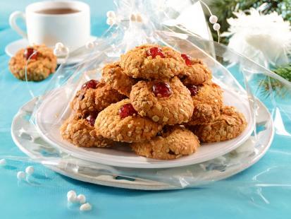 Zdrowa alternatywa dla tradycyjnych słodyczy - zobacz jak przygotować ciastka owsiane z miodem