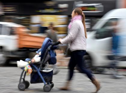 """""""Żeby prowadzić wózek z dzieckiem, nie trzeba mieć nawet mózgu"""" – Marcin Prokop miażdży rodziców"""