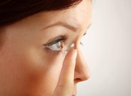 Zespół suchego oka – jak sobie radzić z objawami?