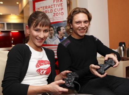 Zgrupowanie gwiazd przed FIFA Interactive Word Cup 2010