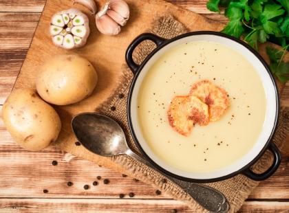 Ziemniaczana zupa z grzankami