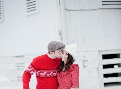 Zimowa sesja ślubna w plenerze