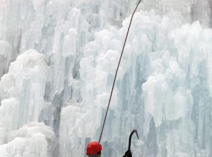 Zimowa wspinaczka – wspinacz nie zapada w sen zimowy!
